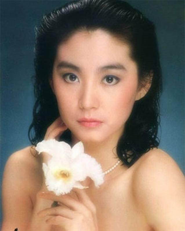 Hong Kong 1990: Thanh Long vac luu dan, quan ly Ly Lien Kiet bi giet hinh anh 9
