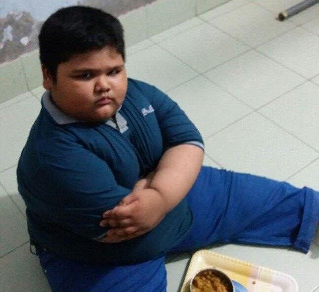 Bé trai 7 tuỏi nạng 120 kg hinh anh 1