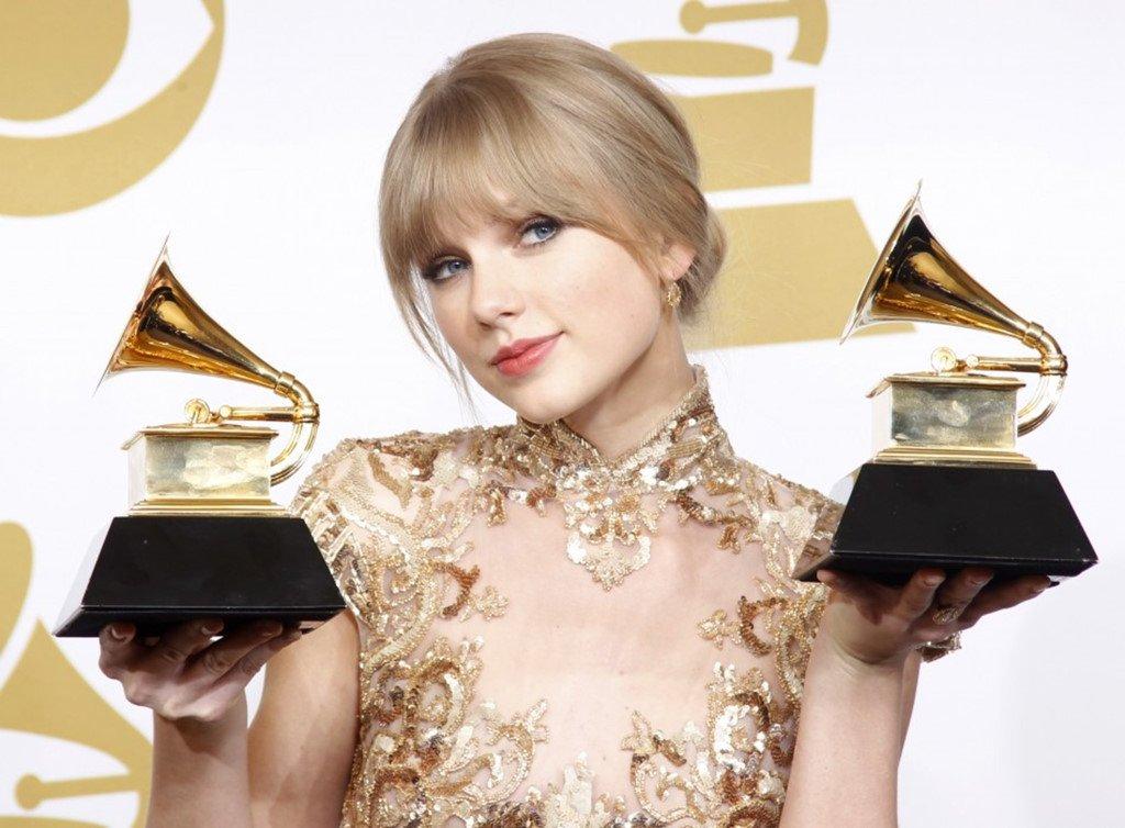 Taylor Swift 28 tuoi: 280 trieu USD, 286 giai thuong va 17 ban trai hinh anh 2