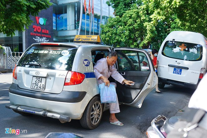 Den luot Hiep hoi Taxi TP.HCM kien nghi coi Uber, Grab la taxi hinh anh 2