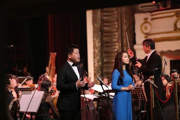 'V-Concert: Hoa nhac nam moi': Dem thang hoa cua am nhac dinh cao, dang cap hinh anh 7