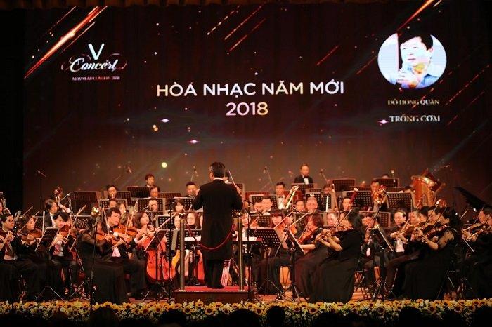 'V-Concert: Hoa nhac nam moi': Dem thang hoa cua am nhac dinh cao, dang cap hinh anh 10