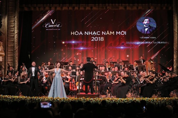 'V-Concert: Hoa nhac nam moi': Dem thang hoa cua am nhac dinh cao, dang cap hinh anh 12