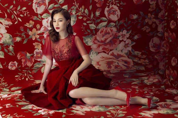 Giang Hong Ngoc long lay sac do, hoa nang xuan ruc ro hinh anh 7