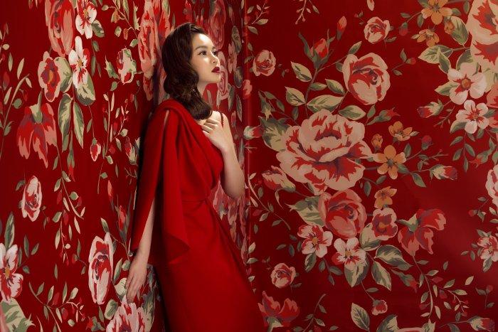 Giang Hong Ngoc long lay sac do, hoa nang xuan ruc ro hinh anh 2