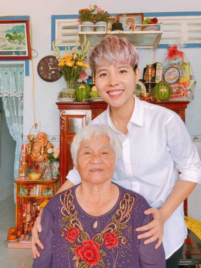 Sao Viet sang mung 1 Tet Nguyen Dan di dau, lam gi? hinh anh 13