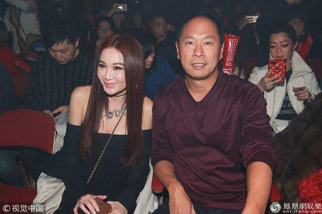 'Phan Kim Lien' On Bich Ha trai long sau ran nut voi chong ty phu hinh anh 3