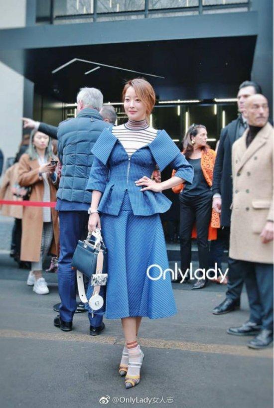 Kim Hee Sun xung danh 'truong thanh nhan sac' khi do dang voi my nhan Trung Quoc hinh anh 1