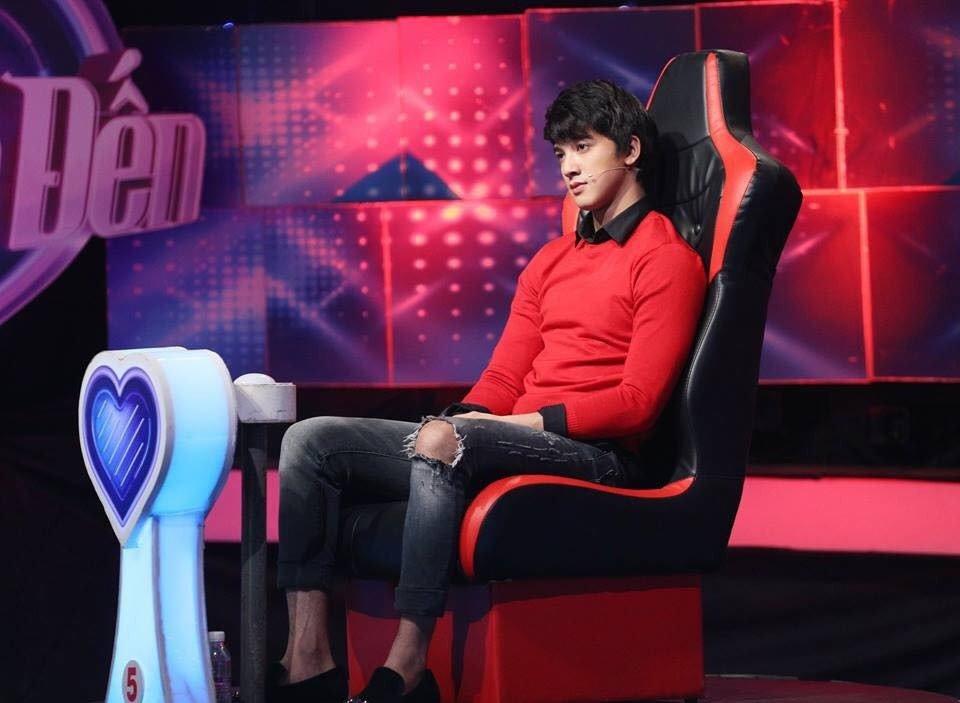 Hot boy 'Thang nam ruc ro': Chi co the noi chuyen voi Jun Vu hinh anh 6