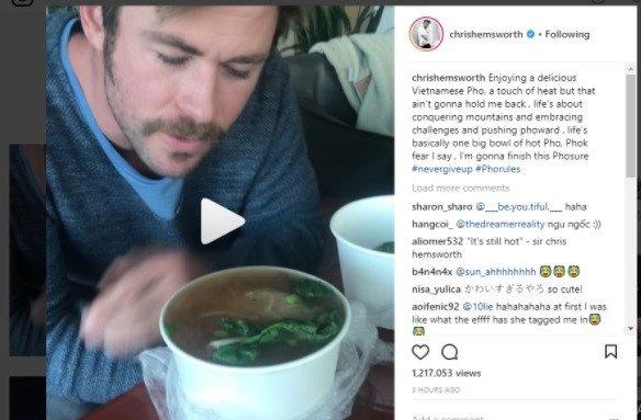 'Than Sam' Chris Hemsworth thuong thuc pho truyen thong Viet Nam hinh anh 1
