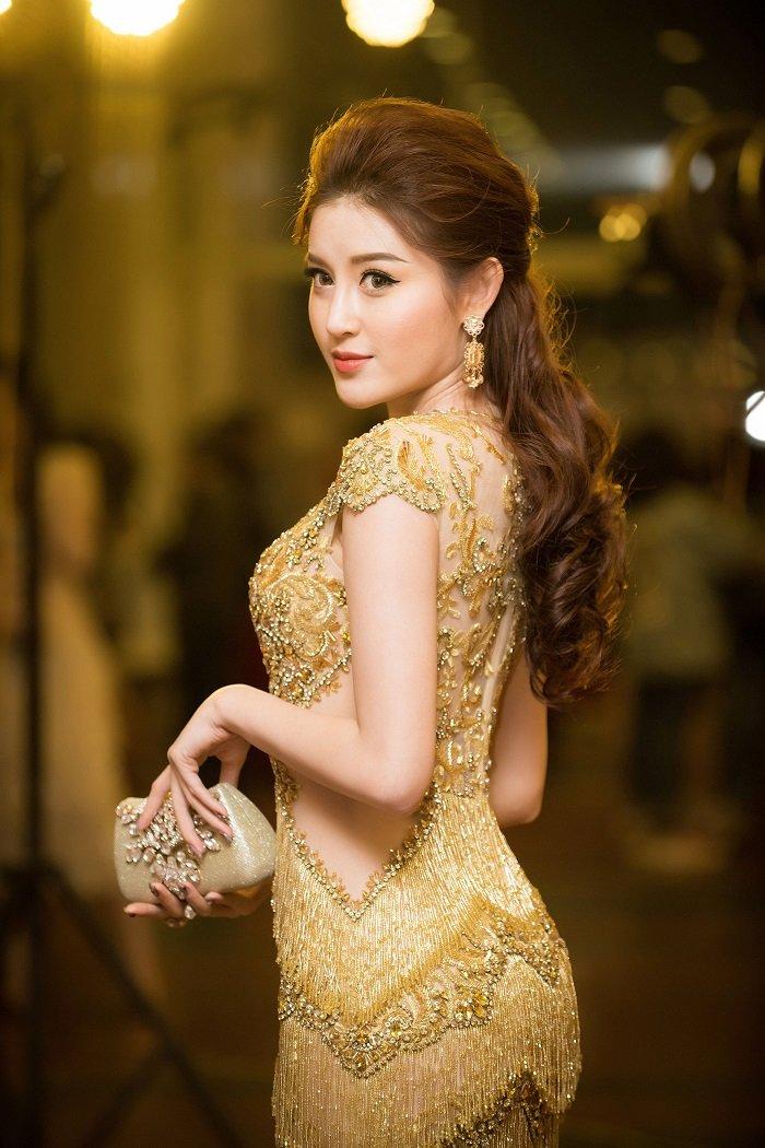 A hau Huyen My - Thanh Tu do ve xinh dep, quyen ru hinh anh 4