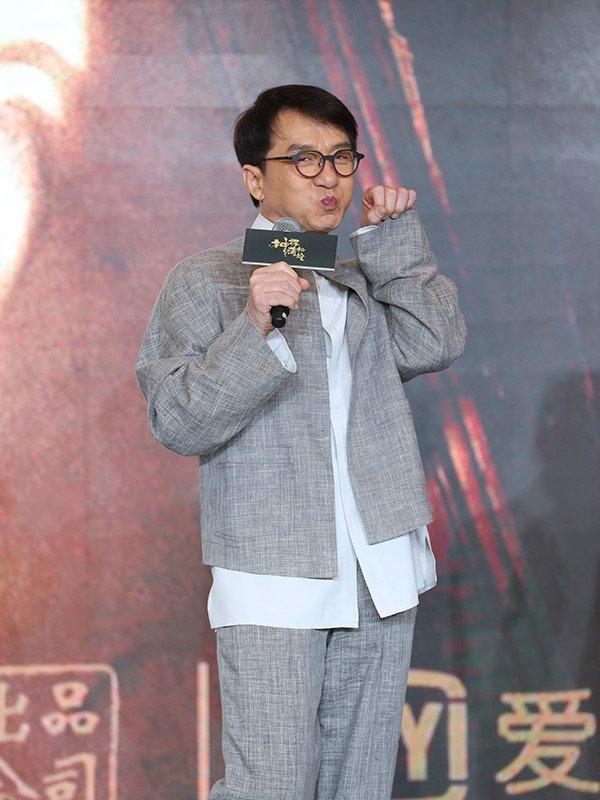 Thanh Long: 'Toi muon duoc nho den chi sau Ly Tieu Long' hinh anh 2