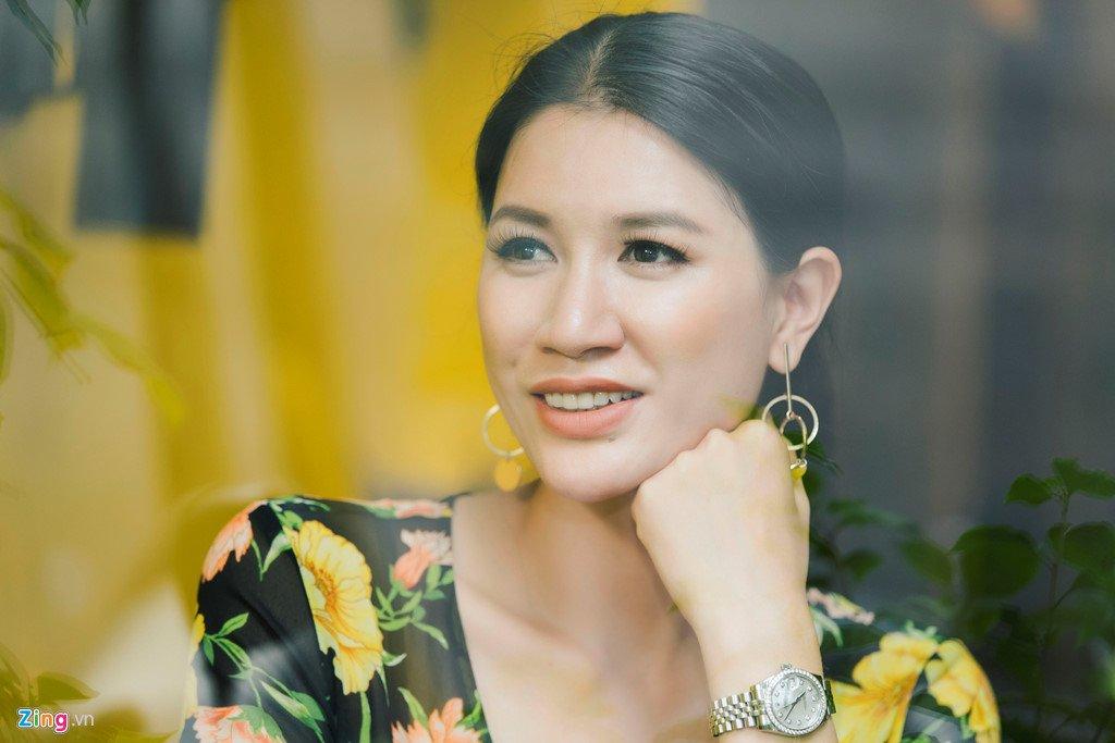 Trang Tran: '4 nam rut khoi showbiz Viet, toi mua duoc vai can nha' hinh anh 1