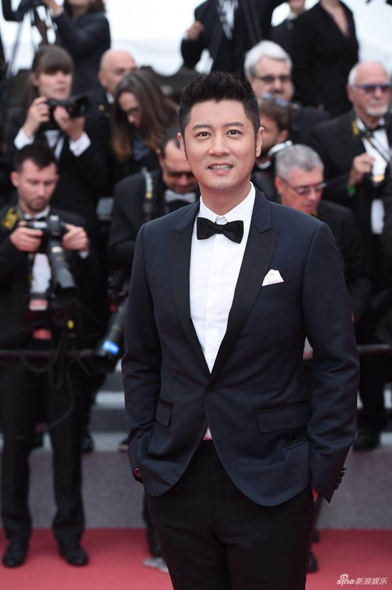 Loat my nhan Trung Quoc tu tin lo nguc phang tren tham do Cannes hinh anh 8