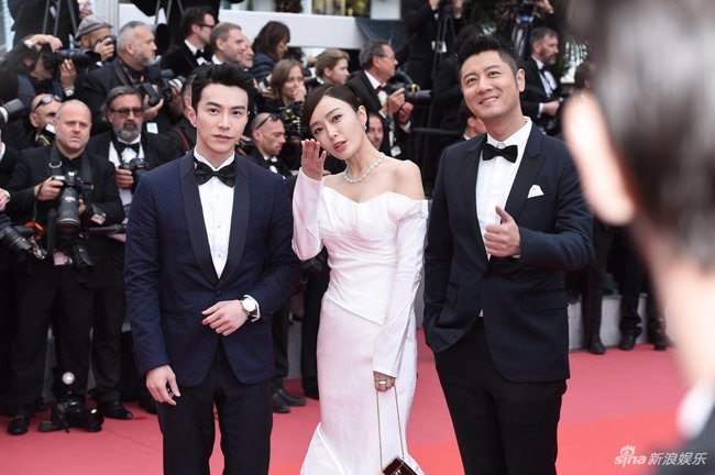 Loat my nhan Trung Quoc tu tin lo nguc phang tren tham do Cannes hinh anh 10