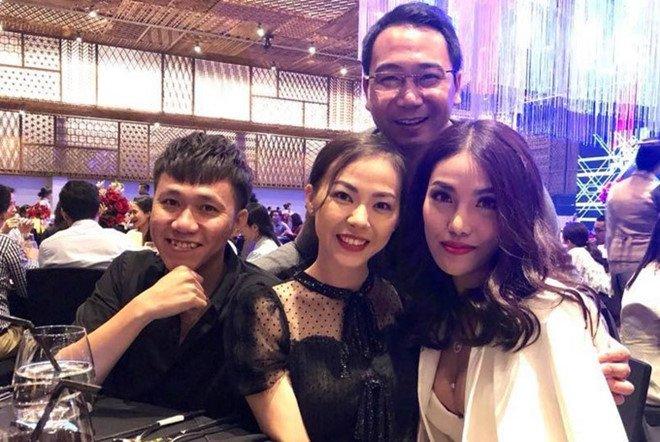 Thuy Van dung mat Lan Khue va ban trai cu o tiec cuoi hinh anh 1