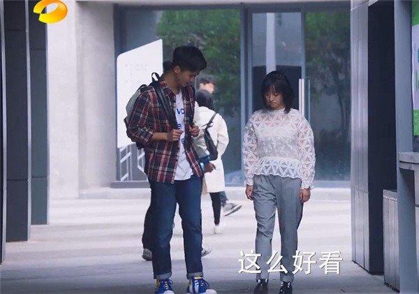 Loat phim hot Trung Quoc dang chieu bi che cuoi vi nhu 'con nha ngheo' hinh anh 10