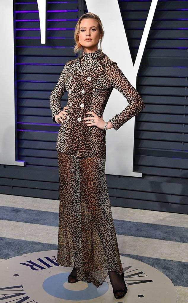 Sieu mau Kendall Jenner mac ho gay soc o tiec hau Oscar 2019 hinh anh 8