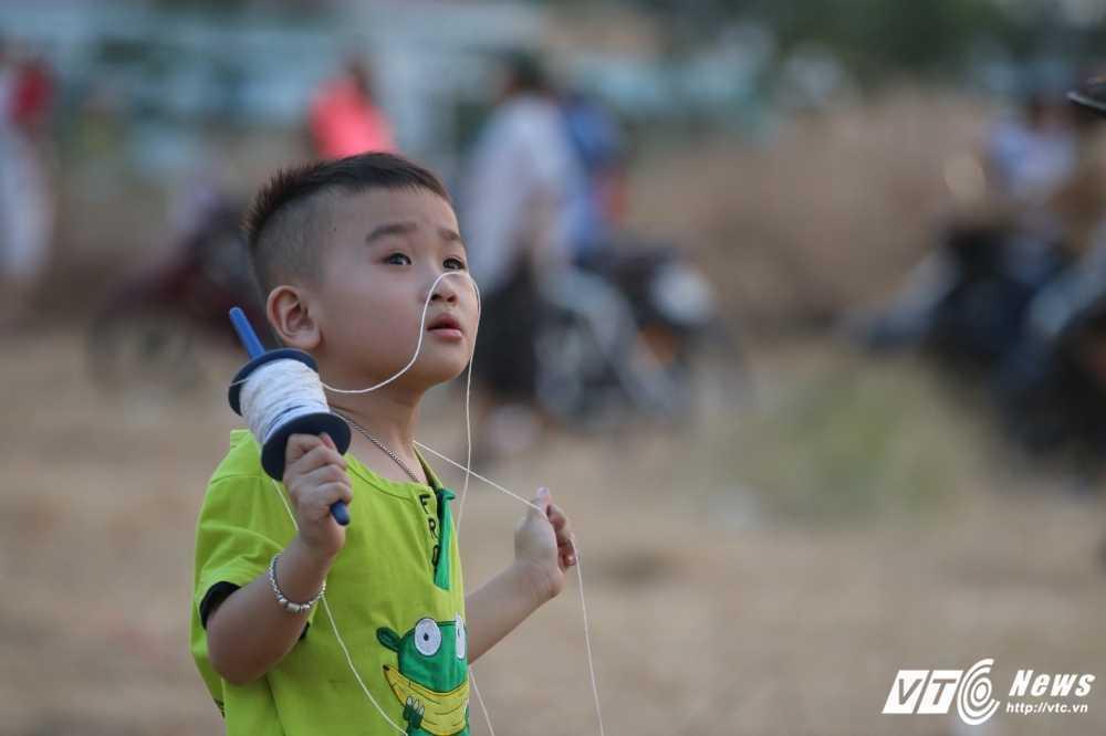 Anh: Bai dat du an benh vien bien thanh dong dieu thu hut hang tram nguoi dan hinh anh 12
