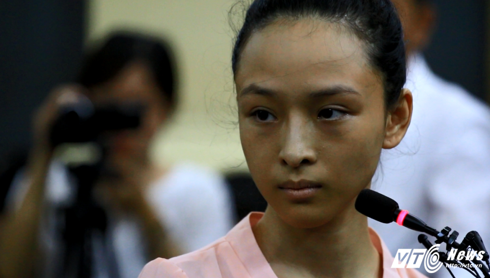Truong Ho Phuong Nga thue xa hoi den bao ve vi bi Cao Toan My uy hiep hinh anh 1