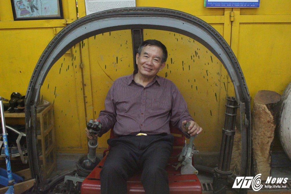 Anh hungphi cong Tu De ke cuoc cham mat voi 'cuu thu' sau 50 nam tren dat My hinh anh 2
