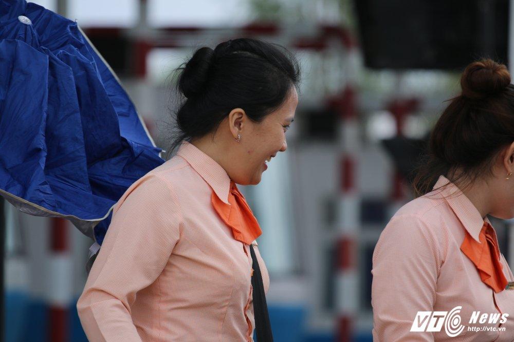 Anh: Nhan vien BOT Cai Lay cuoi rang ro khi xa tram hinh anh 4