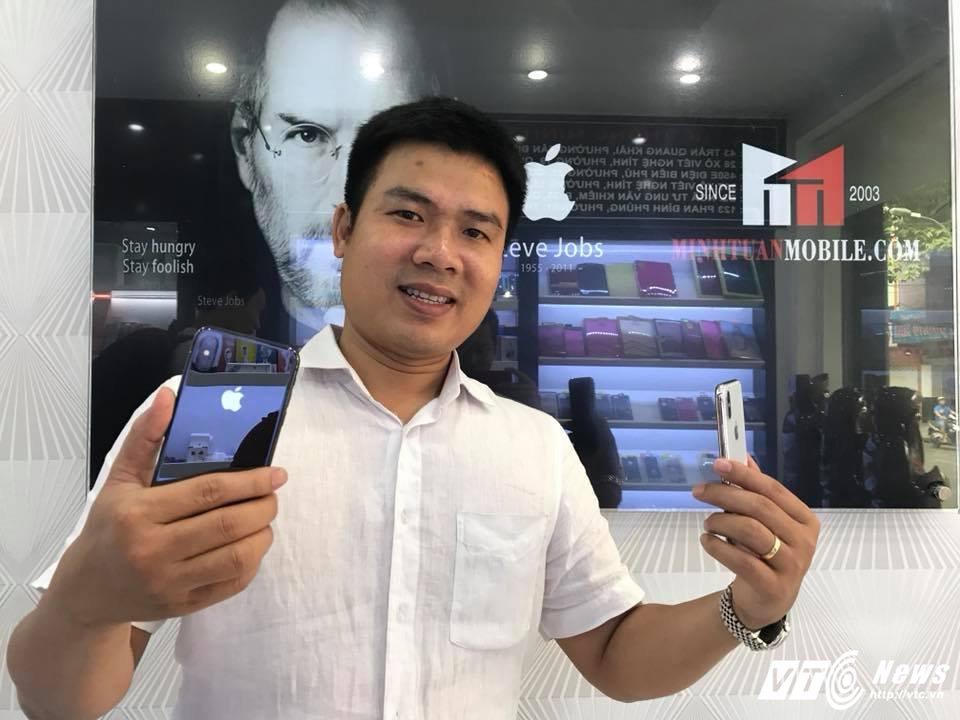 Chuyen it biet ve nguoi dua nhung chiec iPhone X, iPhone 7 dau tien ve Viet Nam hinh anh 1