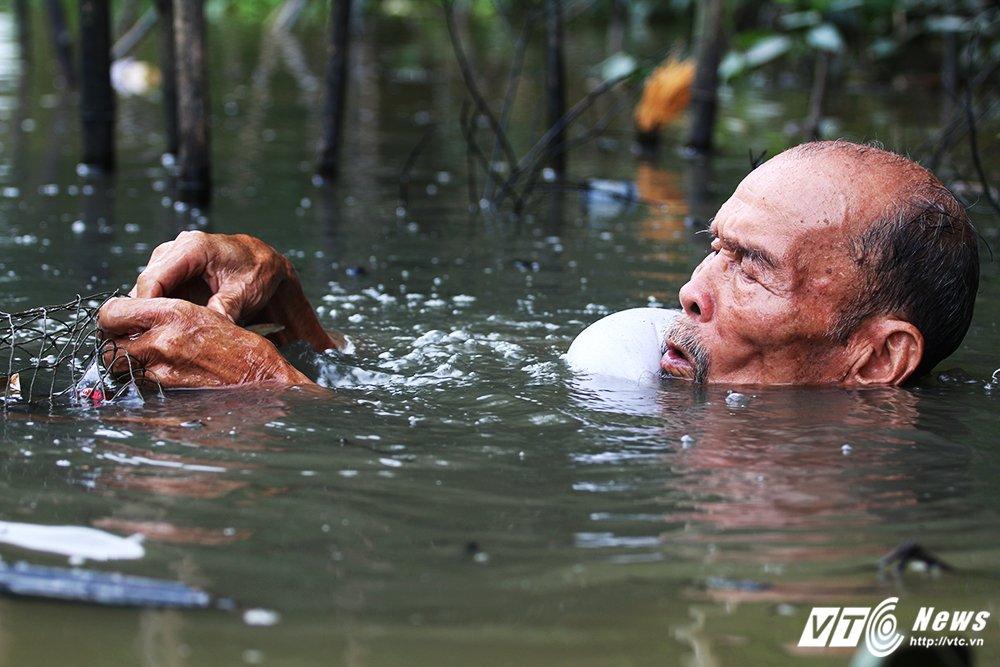 Anh hung phi cong huyen thoai ban roi 7 may bay My: Ky tich chua biet di xe dap da hoc lai may bay hinh anh 5