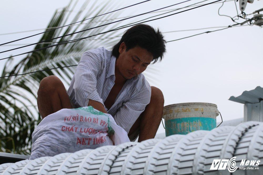 Phó Thủ tuóng Trịnh Dình Dũng kiem tra cong tác úng phó con bao cap tham hoa hinh anh 2