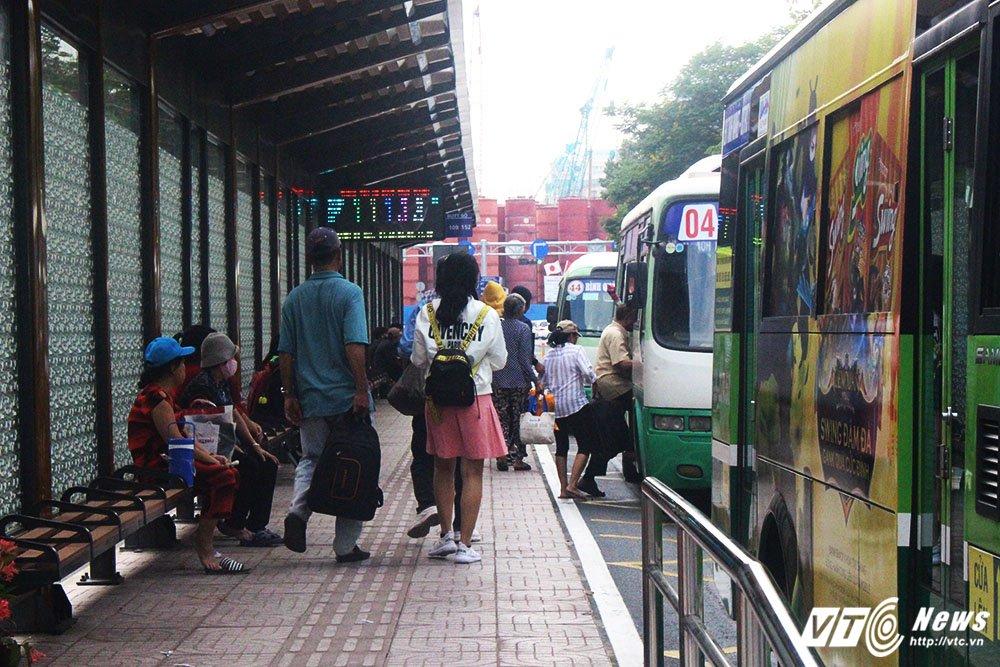 Trai nghiem tram xe buyt 8,5 ty dong o Sai Gon hinh anh 3