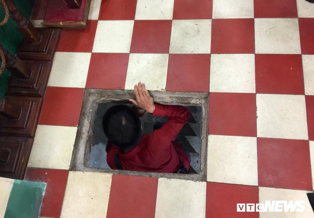 Anh: Kham pha ham bi mat cat giau gan 2 tan vu khi cua Biet dong Sai Gon hinh anh 14