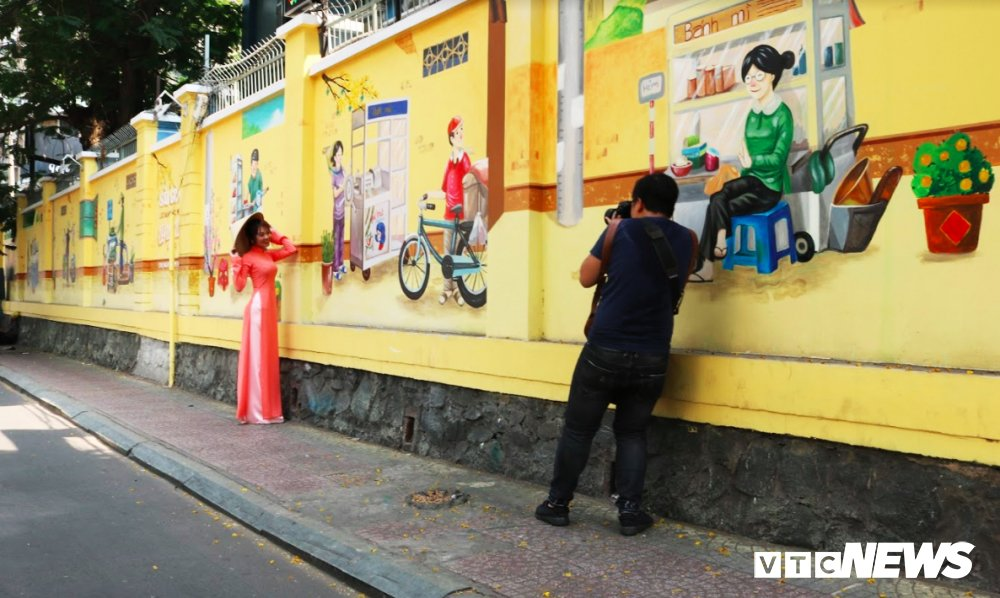 Anh: Pho phuong, ngo hem Sai Gon rop sac bich hoa dong que hinh anh 6