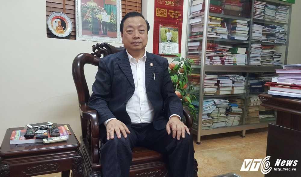 Nha thuoc Hoang Trung Duong bi 'to' lua dao: Hoi Dong y Ha Noi vao cuoc hinh anh 2