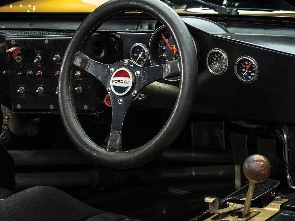 Sieu xe dua Ford GT40 dau gia ky luc 12 trieu USD hinh anh 4
