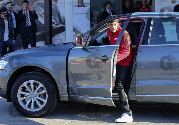Bo suu tap xe tri gia 1,3 trieu USD cua Neymar hinh anh 5