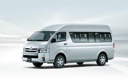 Toyota Hiace ban nang cap 2018 gia 999 trieu dong hinh anh 1