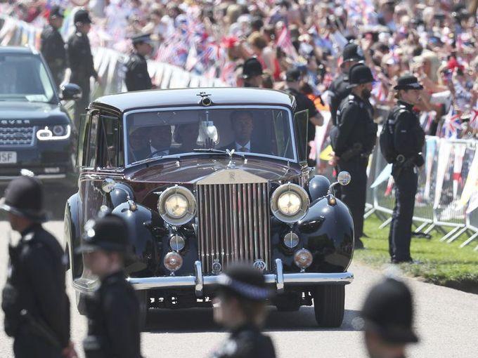 Hoang gia Anh rao ban 8 chiec Rolls-Royce hinh anh 5