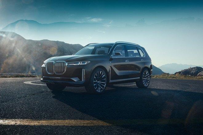 BMW X7 M Performance sap lo dien hinh anh 1