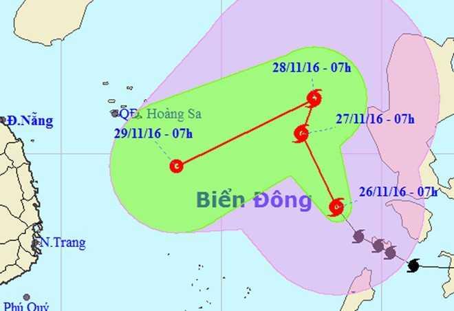 Bao so 9 Tokage quay ngoat 90 do, chuyen huong uy hiep Nam Trung Bo hinh anh 1