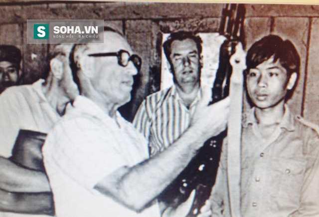Chan dung vi Dai tuong Lien Xo sat canh cung Viet Nam nam 1979 hinh anh 2