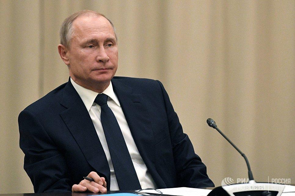 Chua tuyen bo ung cu Tong thong Nga nhiem ky tiep, ong Putin dang tinh toan gi? hinh anh 1