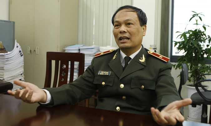 Cong an va phong vien xo xat tren cau Nhat Tan: Lanh dao Cuc Phap che Bo Cong an noi gi? hinh anh 1