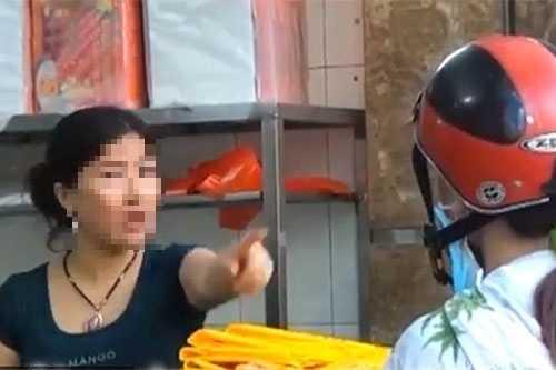 'Bun mang, chao chui' len CNN: Nguoi ban vo van hoa, khong le nguoi an khong biet nhuc? hinh anh 2