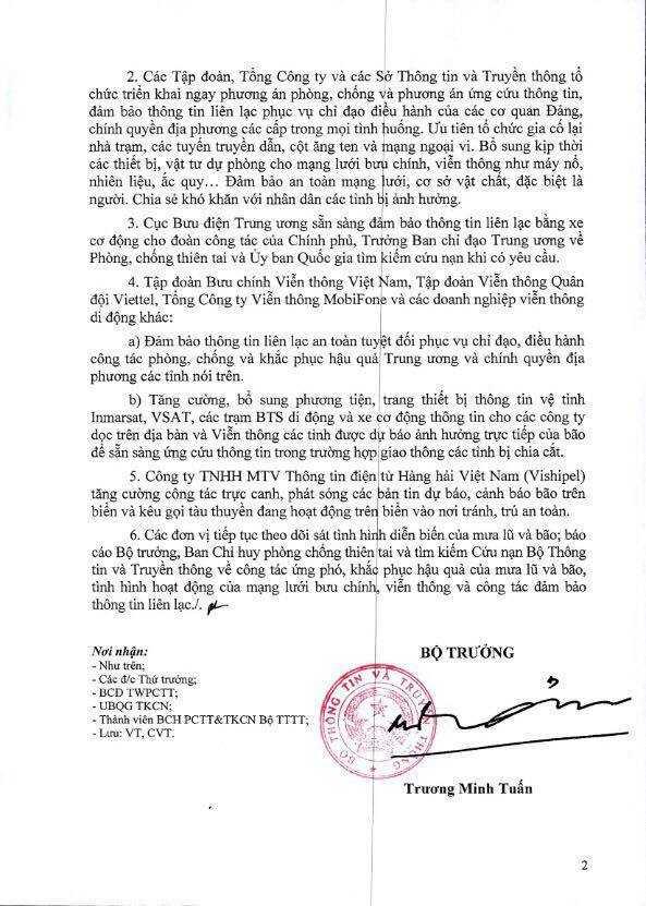 Bo truong Truong Minh Tuan yeu cau nganh TT&TT khan cap doi pho mua lu va bao Sarika hinh anh 3