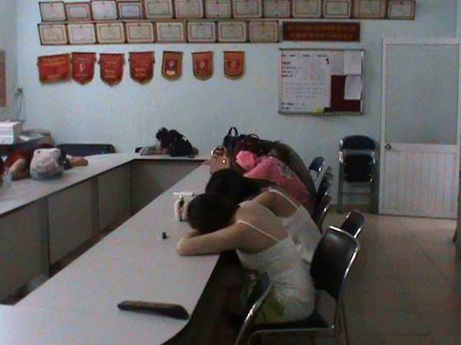 'Hot girl' dieu hanh duong day ban dam 500 USD tran tinh hinh anh 2