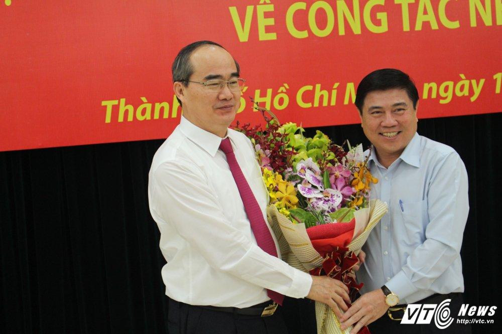 Chan dung tan Bi thu Thanh uy TP.HCM Nguyen Thien Nhan hinh anh 1