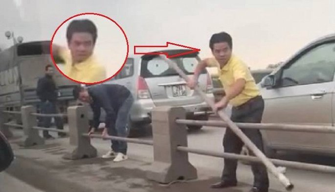 Tai xe o to thao dai phan cach tren cau Thanh Tri de tron CSGT bi tuoc giay phep lai xe 2 thang hinh anh 1