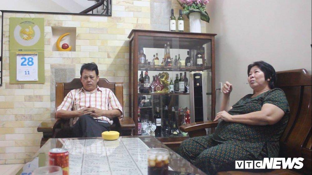 Buc anh gay soc 'Hanh quyet tai Sai Gon': Sat nhan Nguyen Ngoc Loan nhan gi cho vo chien sy biet dong bi ban? hinh anh 2