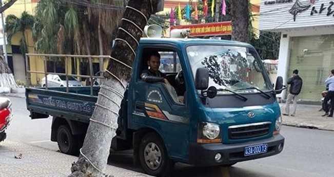 CSGT Da Nang xu phat xe bien xanh bi 'beu' tren facebook hinh anh 1