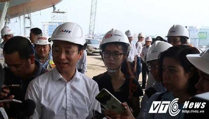Bi thu Da Nang: 'Nhieu nguoi van nghi Viet Nam con ngheo kho lam' hinh anh 1